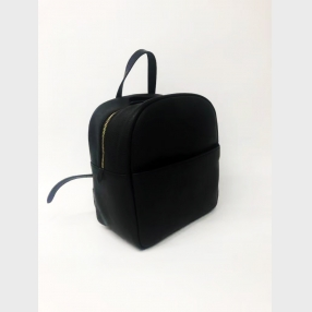 China Hot sale Black Womens leather backpack VINTAGE Leather Extendable Shoulder Strap factory